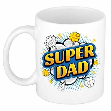Super dad cadeau mok / beker wit pop-art stijl 300 ml