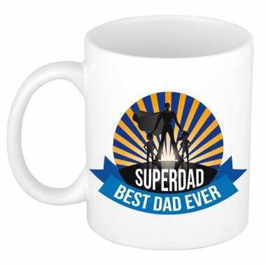 Superdad, best dad ever vaderdag cadeau mok / beker wit
