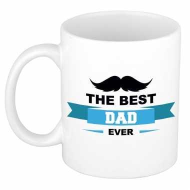 The best dad ever kado mok / beker wit met wimpel en snor - vaderdag / verjaardag